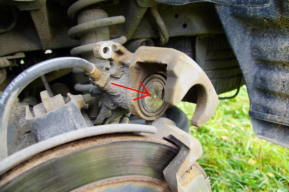 Замена задних тормозных колодок митсубиси аутлендер 3 своими руками
