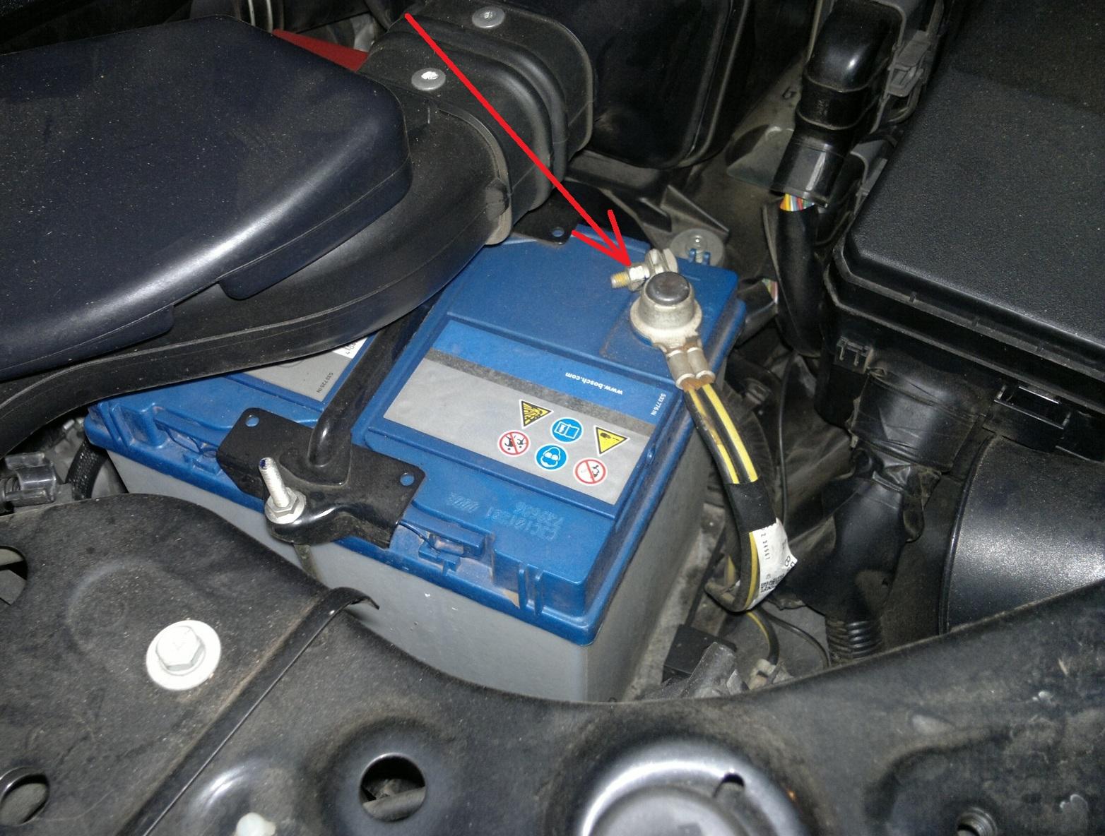 разряд батареи ситроен с crosser