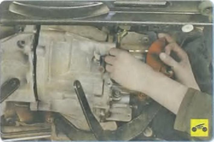 Снятие коробки передач форд фокус 1
