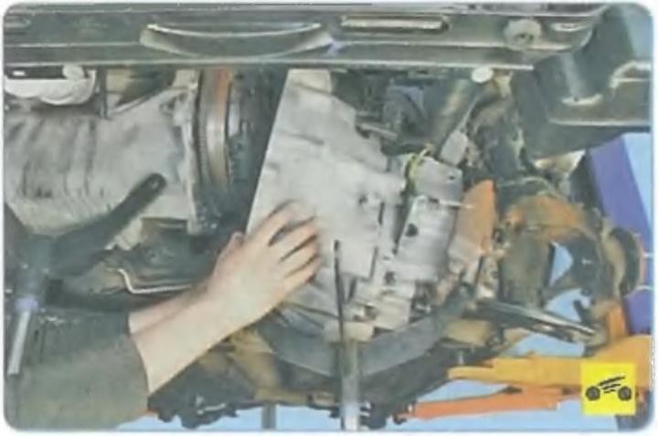 Снятие коробки форд фокус 1 своими руками