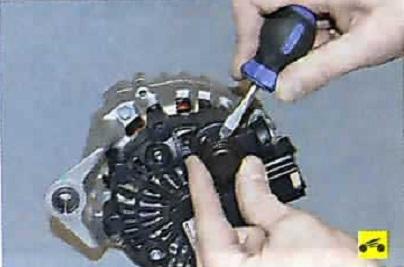 Генератор на ниссан альмера ремонт