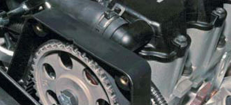 Отведение передней крышки от задней ремня привода ГРМ двигателя A15SMS Daewoo Nexia N150