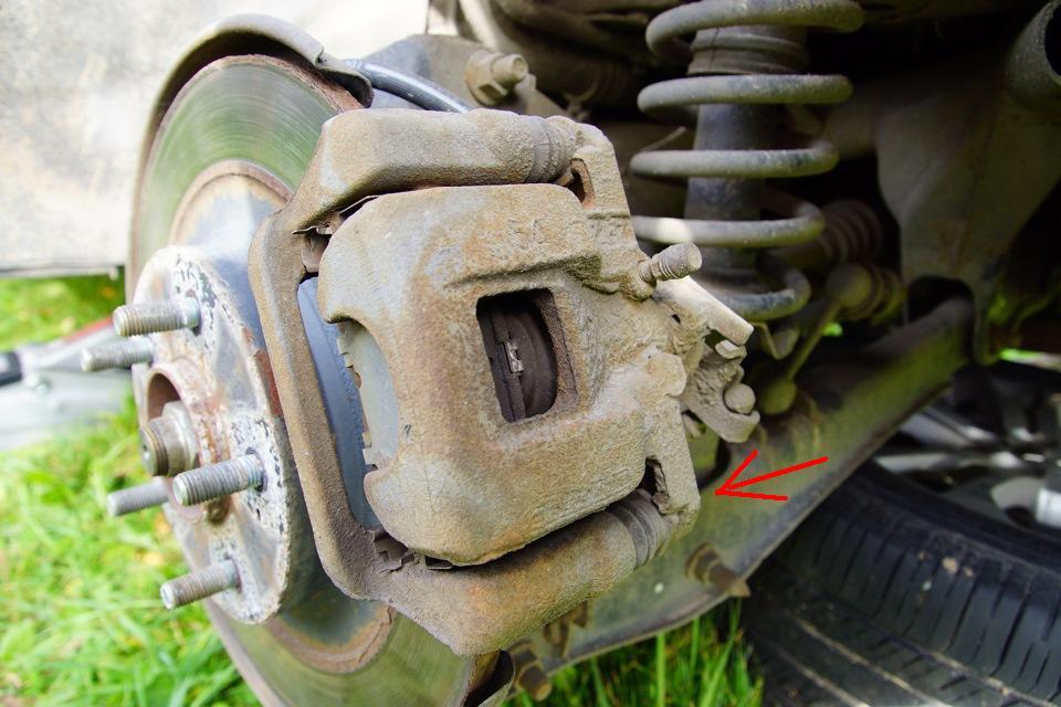 Замена тормозных колодок мицубиси аутлендер 3 своими руками 93