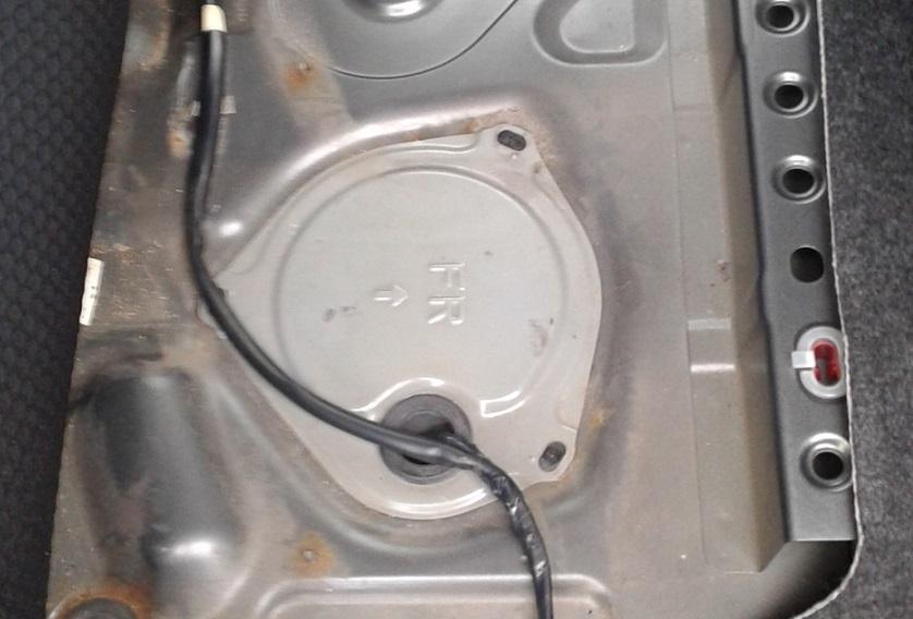 Снятие и установка топливного модуля Nissan Note 2004 - 2012
