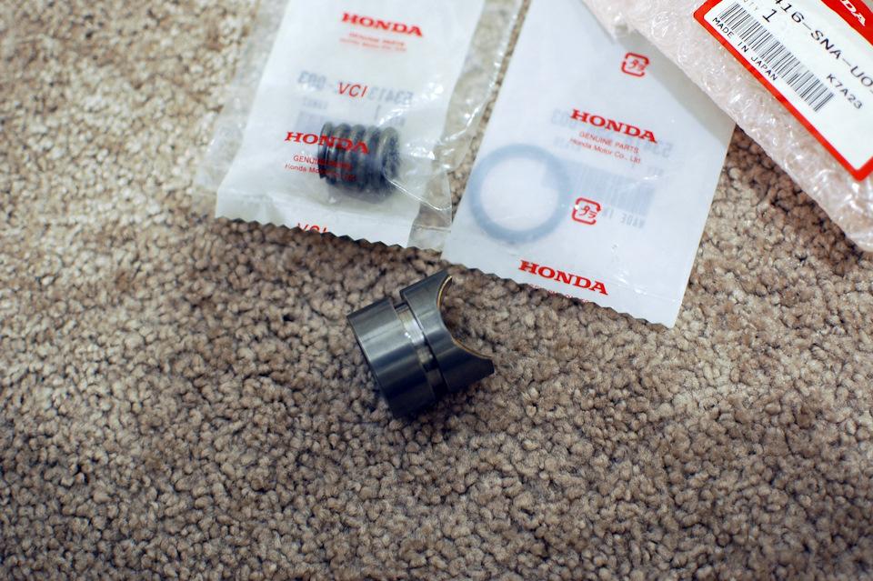 Замена прижимной втулки рулевой рейки Хонда Цивик 2005 - 2011