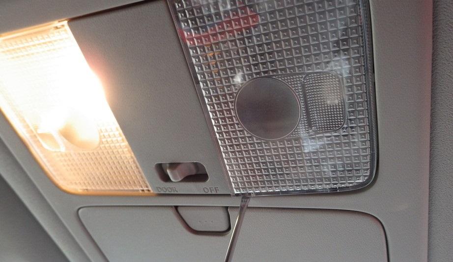 Замена лампочек в салоне Ниссан Х-Трейл