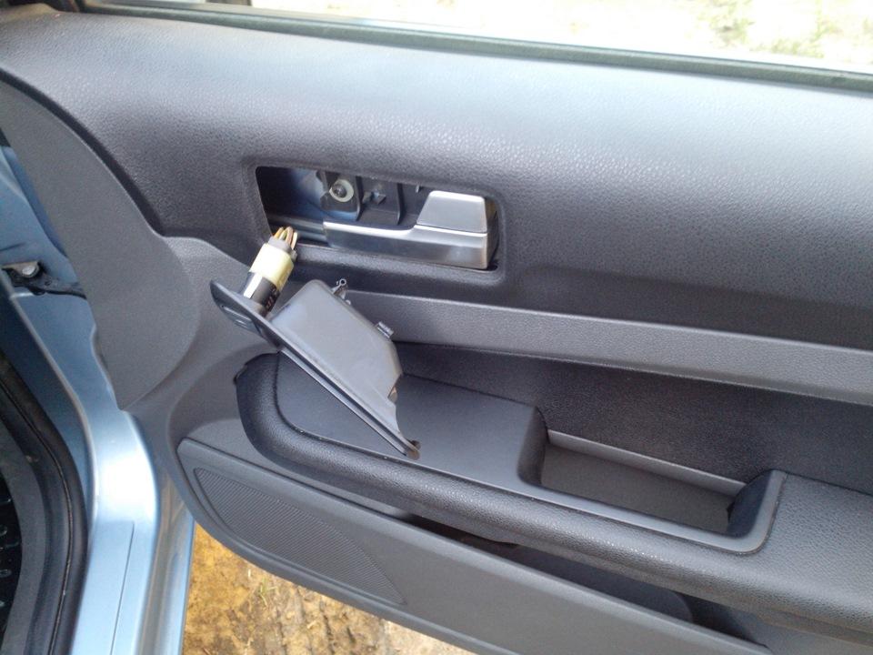 как снять обшивку задних дверей форд фокуса 2 личное имхо
