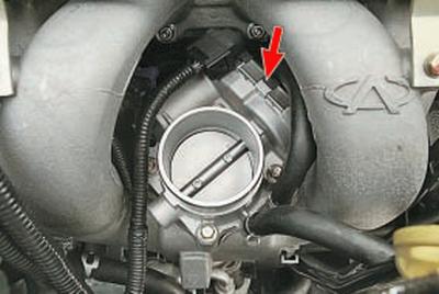 Не держит температуру двигателя почему